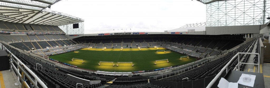 Lovely panoramic shot showing the whole stadium in all its glory.